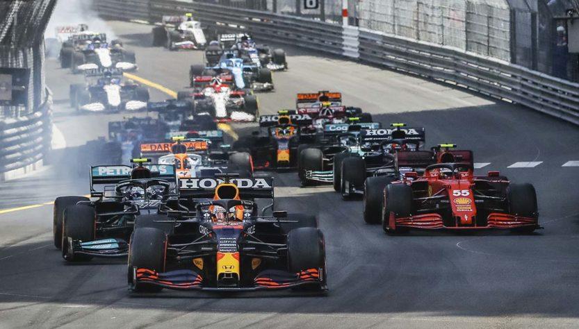 David Coulthard acha a era Pirelli 'confusa' e 'entediante'