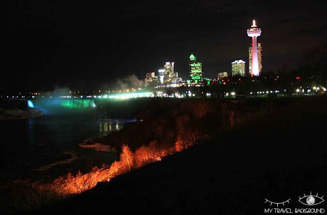 My Travel Background : 4 jours au Canada - Les chutes du Niagara de nuit