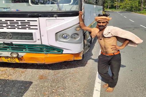 बस चोरी मामला: बस के ड्राइवर व कंडक्टर सस्पेंड, लापरवाही की मिली सजा