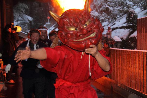 Hasedera Dadaoshi (Kickout Devil Festival) at Hasedera Temple, Sakurai City, Nara
