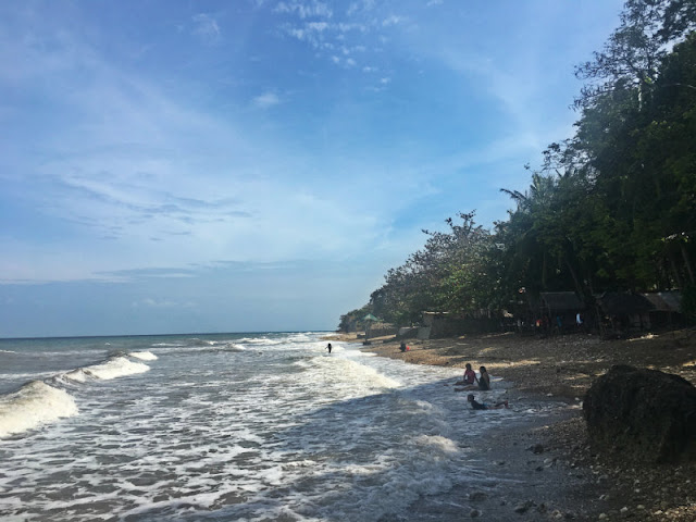Beaches in north Cebu - Catmon is also a popular beach destinations among locals and KM47 is the most famous of them of all but when we went there, we stayed at the beach resort somewhere KM50 and KM51