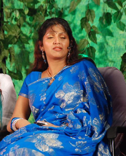 Latest Movies Gallery: MALLU ACTRESS BHUVANESHWARI NEW HOT