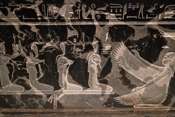 détail sarcophage kunsthistorischesmuseum vienne égypte antique