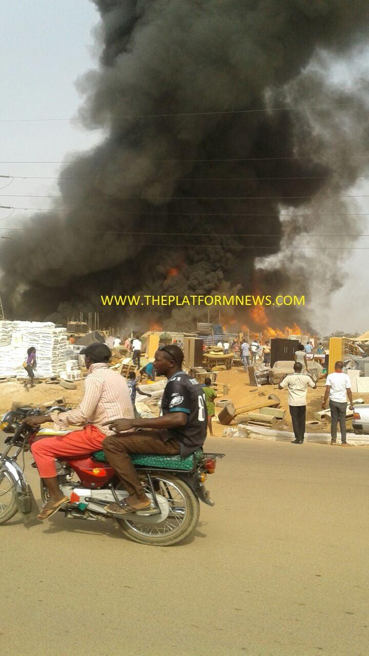 Abuja timber market on fire (photos)