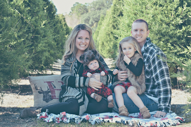 fun family picture ideas for christmas cards - Fawn Over Baby Christmas Tree Farm Family s