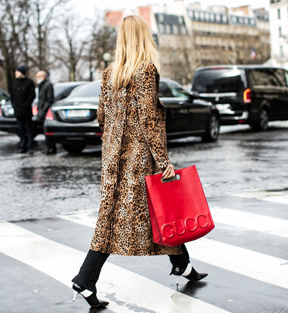 leopard print and a touch of red, gucci leather tote bag