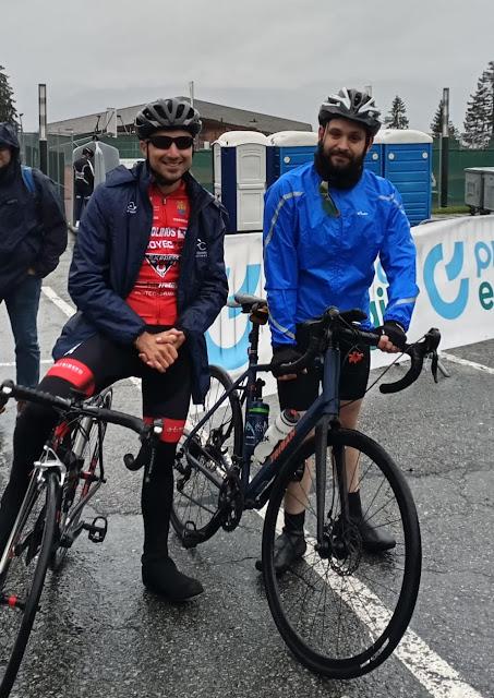 Dos de los representantes españoles, en línea de salida