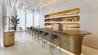 Louis Vuitton café