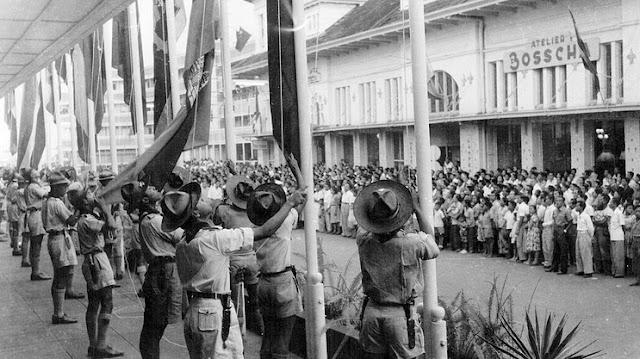 Membandingkan Gejala Nasionalisme Asia Afrika dengan Indonesia