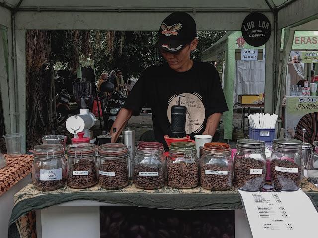 Pameran Produk Lokal Diskop UKM DIY