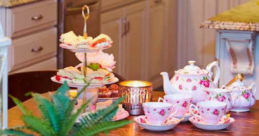 How to Arrange an Afternoon Tea Party in an Hour