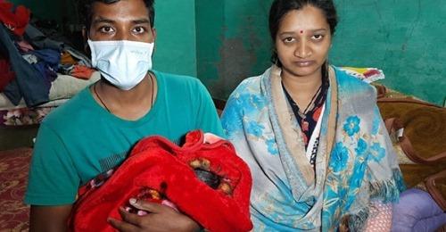 मंडी: पहले कहा- बेटा हुआ है, एक दिन बाद थमा दी लड़की, DNA जांच की मांग