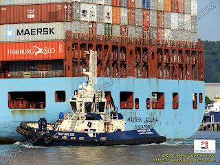 Svitzer Zoe e Maersk Laguna