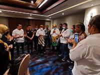 Pakai Adat Minang-Jawa, AMAN Mulai Debat Publik dengan Berdo'a Bersama