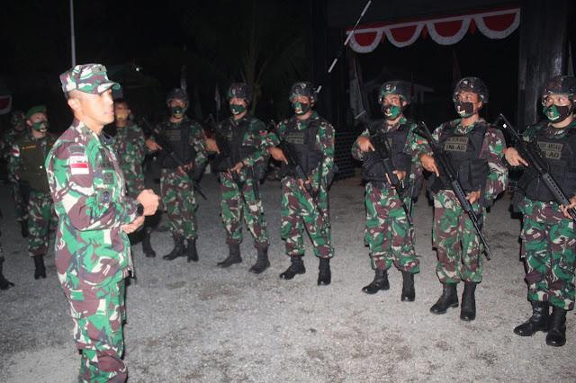 Kasdam XVII Cenderawasih Kunjungi Pos Kotis Satgas Pamtas Yonif 125/SMB