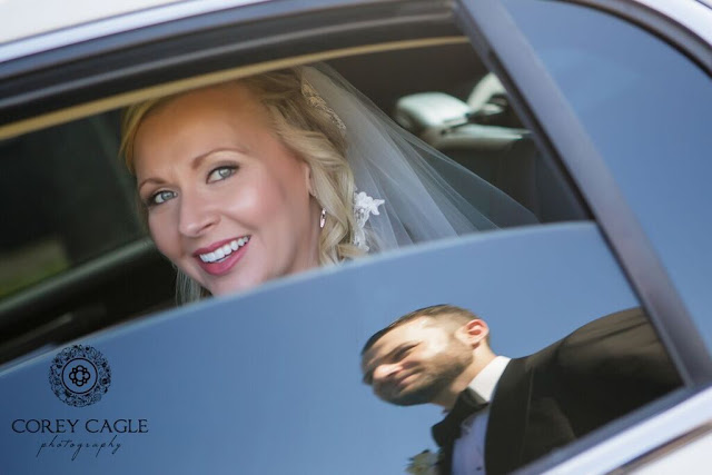 Bride in Limo | Corey Cagle Photography