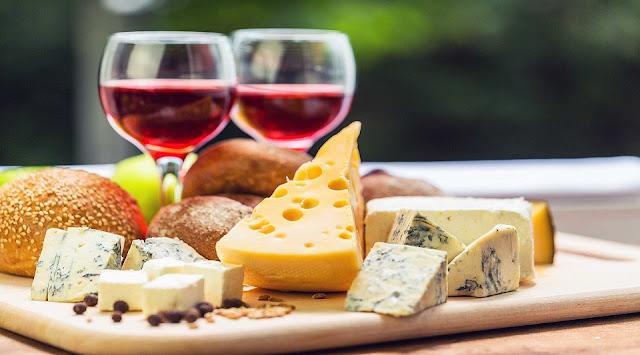 Rượu vang - Phô mai