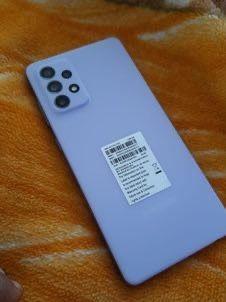 The affordable premium phone Samsung Galaxy A72