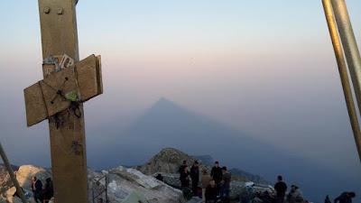 5 Αυγούστου Άθως: η Παραμονή Μεταμόρφωσης του Σωτήρος και το ταξίδι ξεκινά από την Ουρανούπολη για τη κορυφή του Αγίου Όρους.