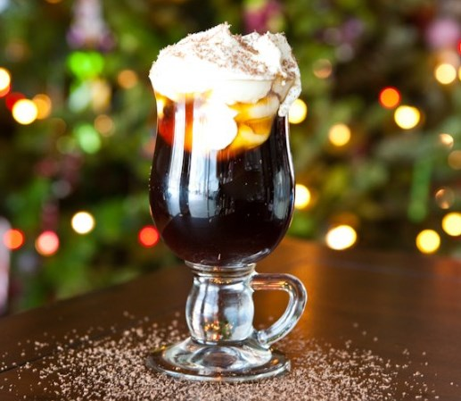 Christmas Coffee Cocktail #drinks #mixdrink