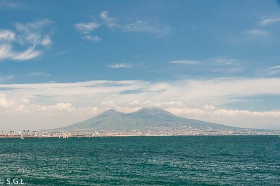 Excursion al Vesubio. Subiendo al volcan desde Ercolano
