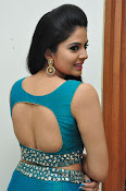 srmukhi new gorgeous looking sills-thumbnail-13