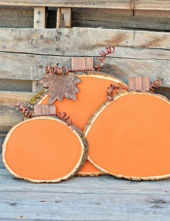 DIY wood slice pumpkins