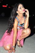 Shreya vyas new sizzling pics-thumbnail-3