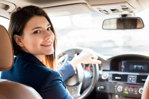 ايجابيات تعلم المرأة قيادة السيارات
