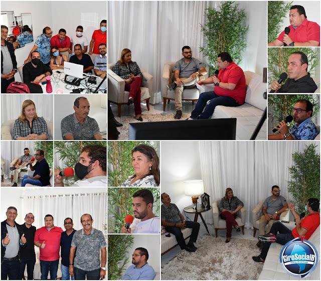 ITAÍBA: Numa live histórica transmitida pelas redes sociais e retransmitida pela Radio Acurema FM, ao lado de seu vice prefeito e ladeadas por seus secretários Regina Cunha faz um balanço de seus 3 anos e 6 meses de mandato.