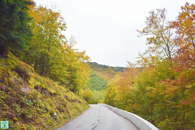 Carreteras en la ruta de los Cátaros, Francia