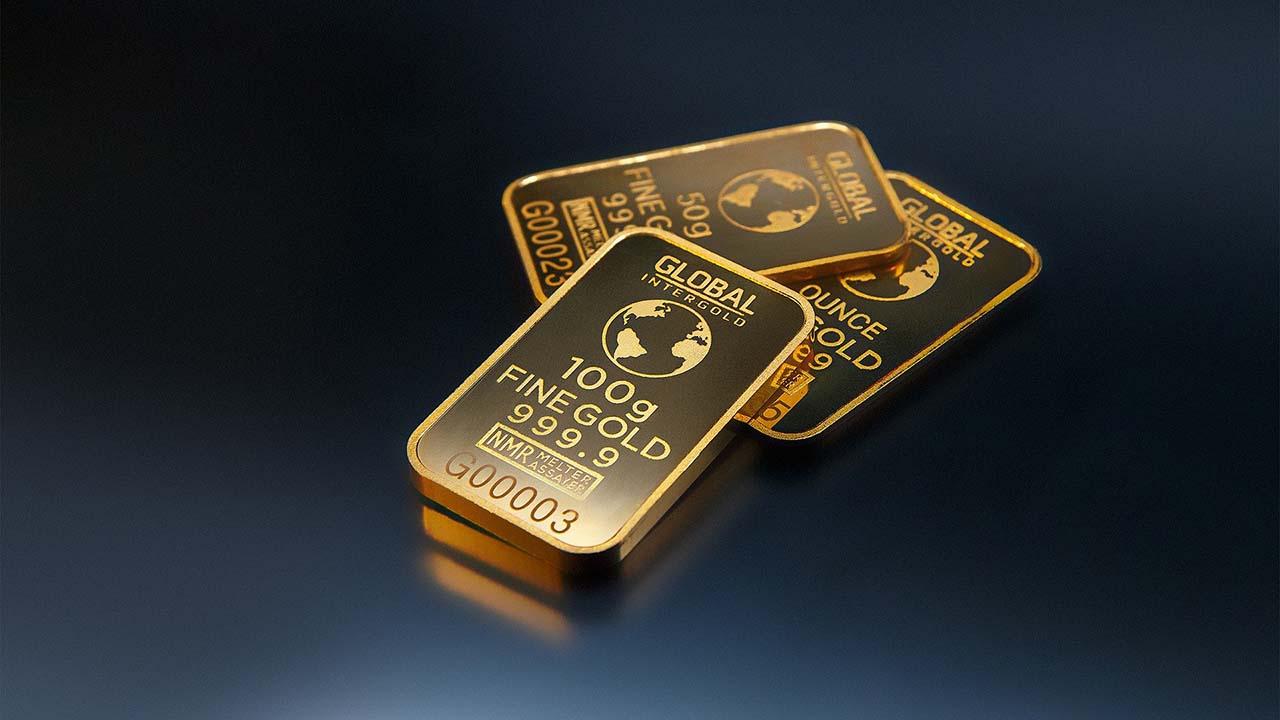 Bingung Mau Investasi? Investasi Emas atau Crowdfunding?
