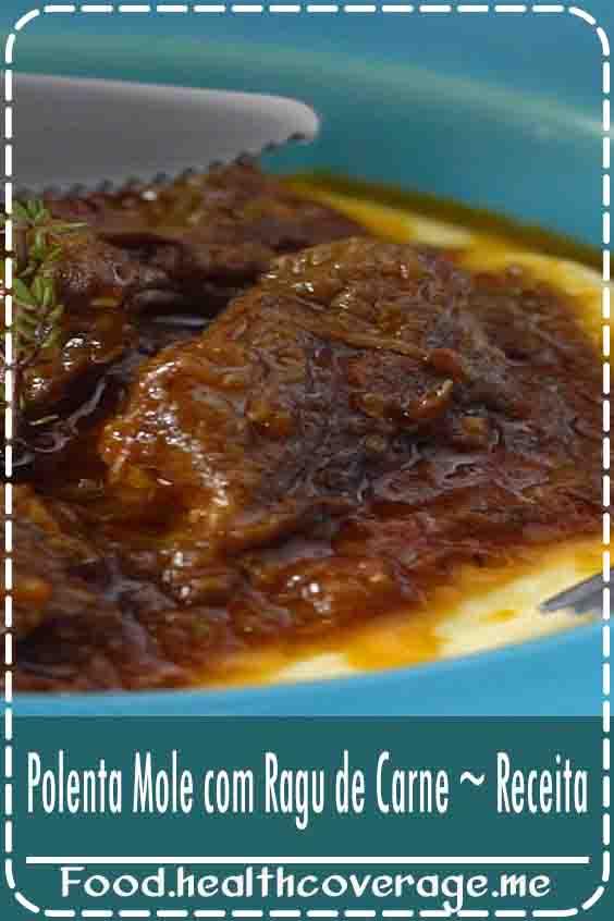 Polenta Mole com Ragu de Carne ~ Receita, instruções em vídeo Essa polenta mole com ragu de carne combina perfeitamente com aqueles dias mais frios! Ingredientes 3 colheres de sopa de azeite de oliva, 1kg de carne de gado