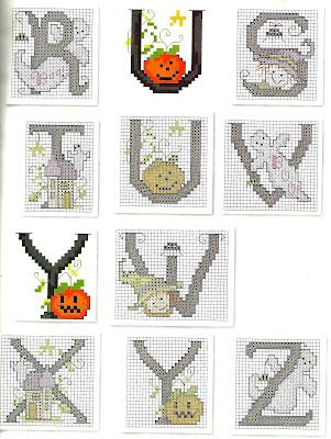 Alfabeto delle streghe  ricamo per Halloween