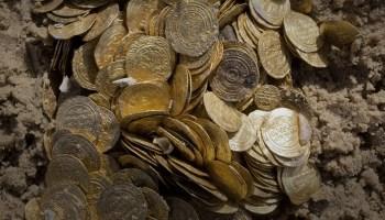 كنز سناو الأثري أكبر كنز عملات عثر عليه في سلطنة عمان   موقع عناكب الاخباري