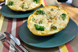 Chicken and Broccoli Stuffed Spaghetti Squash #vegan #recipevegetarian