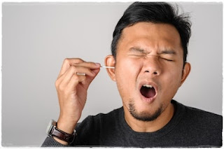 Cara Membersihkan Telinga