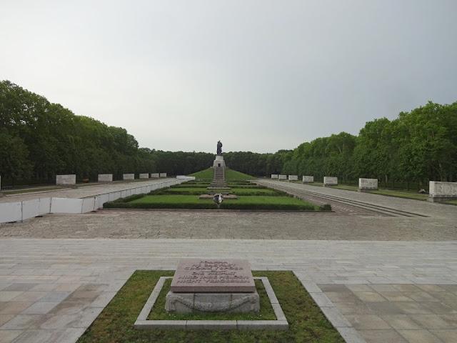 Grátis em Berlim - Treptower Park e memorial de guerra soviético