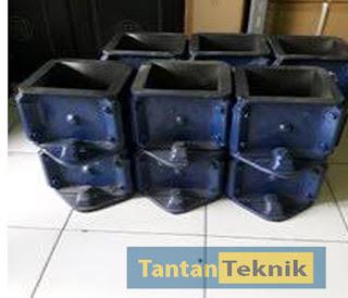 http://www.tantanteknik.com/2020/01/new-cetakan-kubus-beton-15x15x15-dijual.html