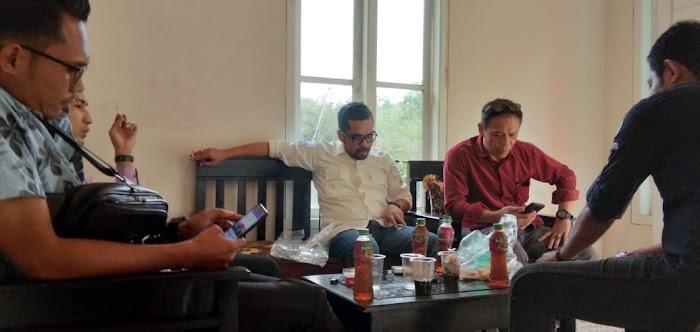 Firdaus KH,Ketua Ormas Arah Baru,Bersilaturahmi Ke Sekretariat SMSI Lamsel.