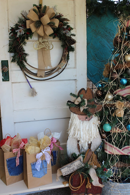 Lasso Wreath for Christmas