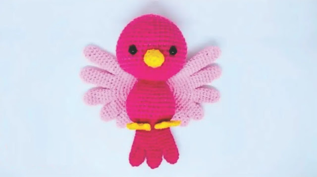 Tutorial linda pajarita rosa a crochet paso a paso