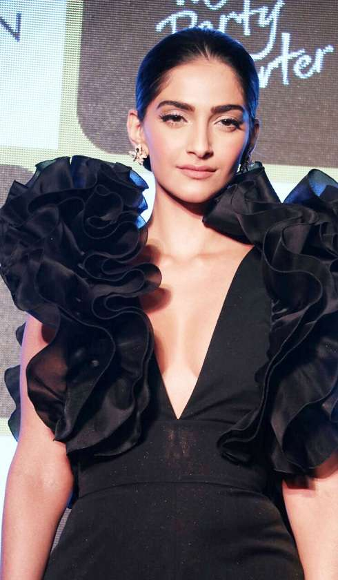 Sonam Kapoor slammed media for body shaming