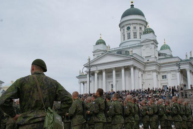 militares-en-helsinki