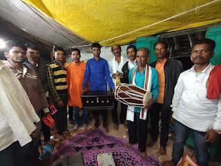 झिरना युवा जय दुर्गा कला मंडल को मिली सामग्री