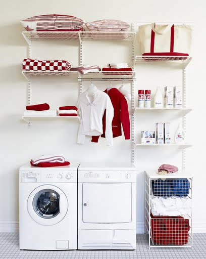 California Livin Home: Hard-Working Spaces / Laundry Room