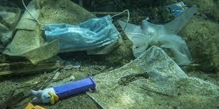 En el fondo marino hay más de 14 toneladas de microplástico
