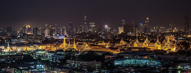 Private Tour Guide RIANA in Bangkok Thailand