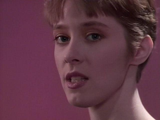 Top Of The Pops 80s: Suzanne Vega