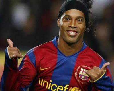 I have retired from professional football  - Brazilian legend Ronaldinho at the age of 38